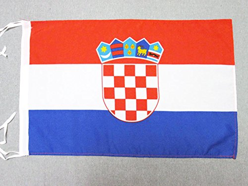 AZ FLAG Flagge Kroatien 45x30cm mit Kordel - KROATISCHE Fahne 30 x 45 cm - flaggen Top Qualität