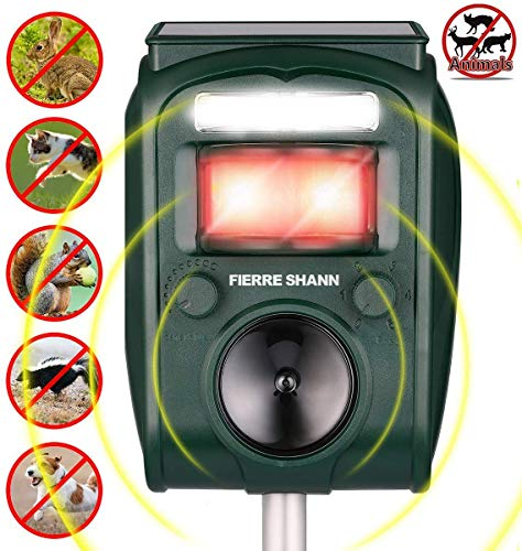 Fierre Shann Ultrasonic Animal Repeller Solar Powered Waterproof Outdoor Animal Repeller with Ultrasonic Sound Motion Sensor and Flashing Light for Cats,Squirrels,Moles,Dogs,Rats, Etc.