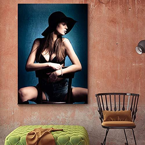 tzxdbh Vintage mysterieuze uniform meisjes canvas schilderij muurkunst voor woonkamer slaapkamer toilet moderne wooncultuur HD poster en druk 40x40cm No Frame style 3