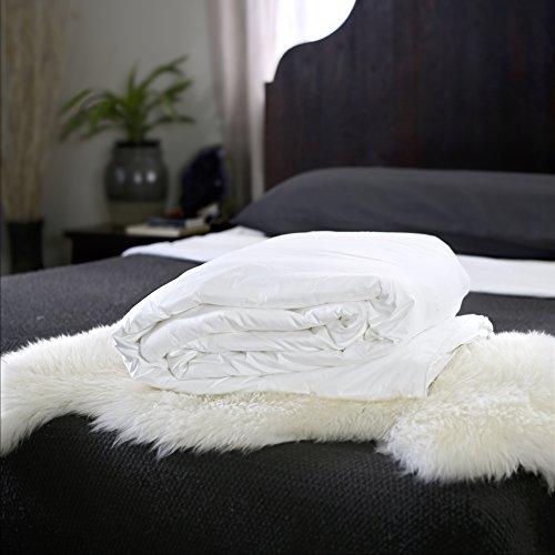Silk Bedding Direct Edredón Relleno de Seda. Tamaño King Size. Peso de Verano. Acabado Manual. Seda de Morera de Fibra Larga. 260cm x 220cm.