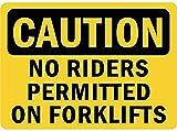Attenzione Nessun pilota consentito sui carrelli elevatori Poster da parete di latta Segnale di avvertimento Retro piastra di ferro in metallo Pittura Art Decor per Home Pub Office 30x40 cm
