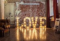 CSFOTO 10x7フィート 背景 ワードラブ 装飾ランプ付き 床 写真 背景 プロポーズ グランジ レンガ 壁 ビンテージ ホワイト ドア バレンタイン 日 ロマンチック デート フォトスタジオ 小道具 ビニール 壁紙