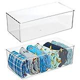 mDesign Juego de 2 cajas organizadoras – Práctico organizador de plástico sin BPA para los armarios del dormitorio – Fantástica caja para ropa y accesorios – transparente