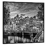 artboxONE Poster mit schwarzem Rahmen 50x50 cm Städte
