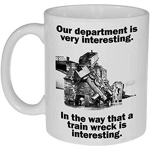 Zug-Wrack einer Abteilung lustigen Kaffee-oder Tee-Tasse