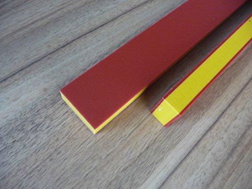 Alt-intech® PE-plaat Play-Tec® in verschillende Kleuren en maten, UV-bestendig. 590 x 590 x 19 mm rood-geel-rood