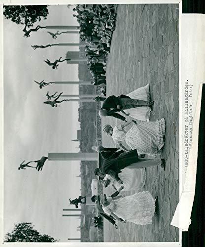 Disfraz Vintage de Foto de Folk Danza en el Siglo XIX en Millesgården