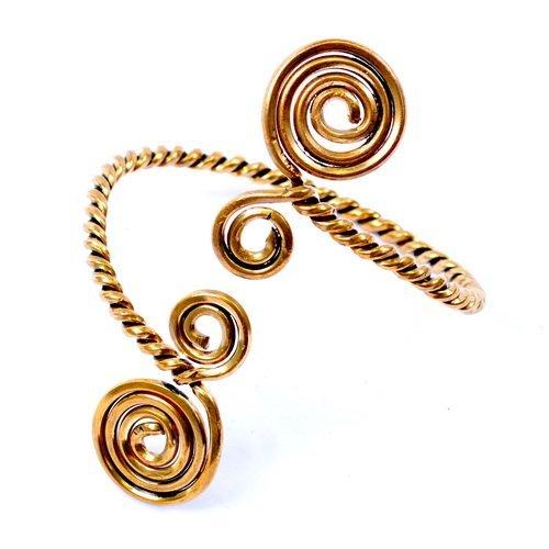 Keltischer Oberarmreif mit Spiralmotiv - von den historischen Vorbildern aus der keltischen Bronzezeit inspiriert Farbe Bronze