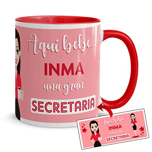 Kembilove Taza de Café de Profesiones – Taza Personalizada Aquí Bebe una Gran Secretaria – Taza Personalizada con el Nombre – Taza de Desayuno para la Oficina – Taza de Café para Profesionales