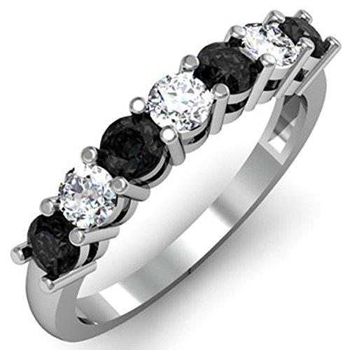 DazzlingRock Collection - Alianza de boda para mujer, oro blanco de 18 quilates, diamante redondo negro y blanco, 7 piedras, talla 8