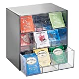 mDesign Aufbewahrungsbox für Teebeutel, Kaffeepads, Zucker– kompakte Teekiste aus Kunststoff mit 27 Fächern – Küchen Organizer mit 3 Schubladen – grau und durchsichtig