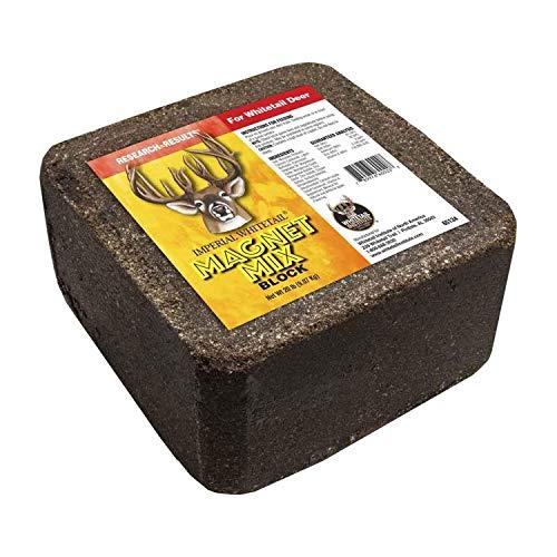 Whitetail Institute Magnet Mix Deer Attractant Block Portable Mineral Salt Lick with Devour Flavor and Scent Enhancers, 20 Pounds, Multi