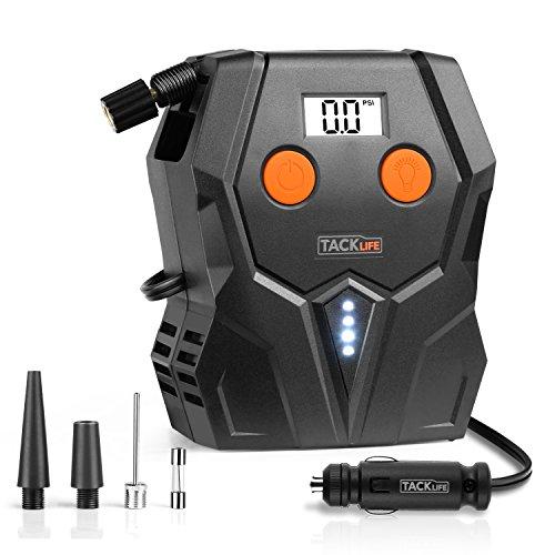 TACKLIFE Digitale per pneumatici, ACP1A compressore d' aria pompa, 12V pneumatico pompa con ampio display retroilluminato, luce LED, 3ugelli adattatori e extra fusibile