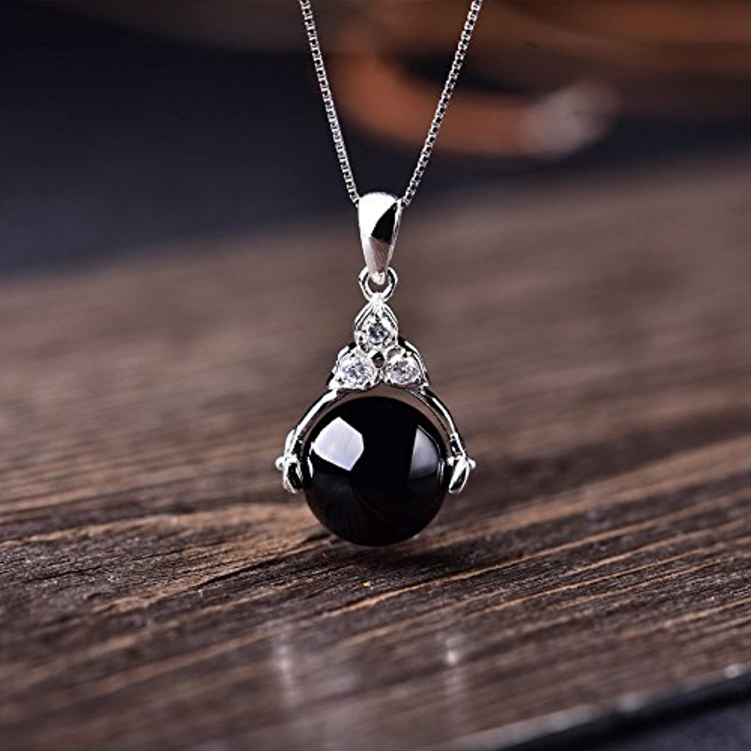 S925 Sterling Silver Black Onyx Gemstone Crystal Necklace Pendant Silver Chain Transfer Beads Necklace Pendant Jewelry Simple Elegant Collarbone
