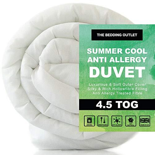 The Bedding Outlet Spring Summer Cool Ultra Lightweight 4.5 Tog Duvet
