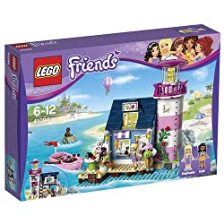 Includes 2 mini-doll figures: Kate and Stephanie, plus a seal Features a 2-storey lighthouse with ice cream shop and pier, platform, row boat and a rock for the seal Lighthouse features a counter, freezer, bathroom, platform, table & stools, and a la...