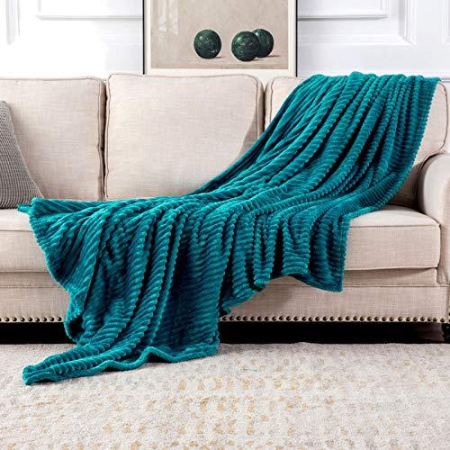 MIULEE Kuscheldecke Fleecedecke Flanell Decke Pompoms Einfarbig Wohndecken Couchdecke Flauschig Überwurf Mikrofaser Tagesdecke Sofadecke Blanket Für Bett Sofa Schlafzimmer Büro 125x150 cm Blaugrün