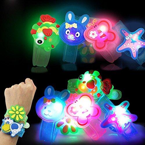 JKKJ Favores de fiesta para niños, juguetes de luz LED que brillan en la oscuridad, suministros para fiestas para niños pulseras con LED de neón Spinning Top y alivio del estrés