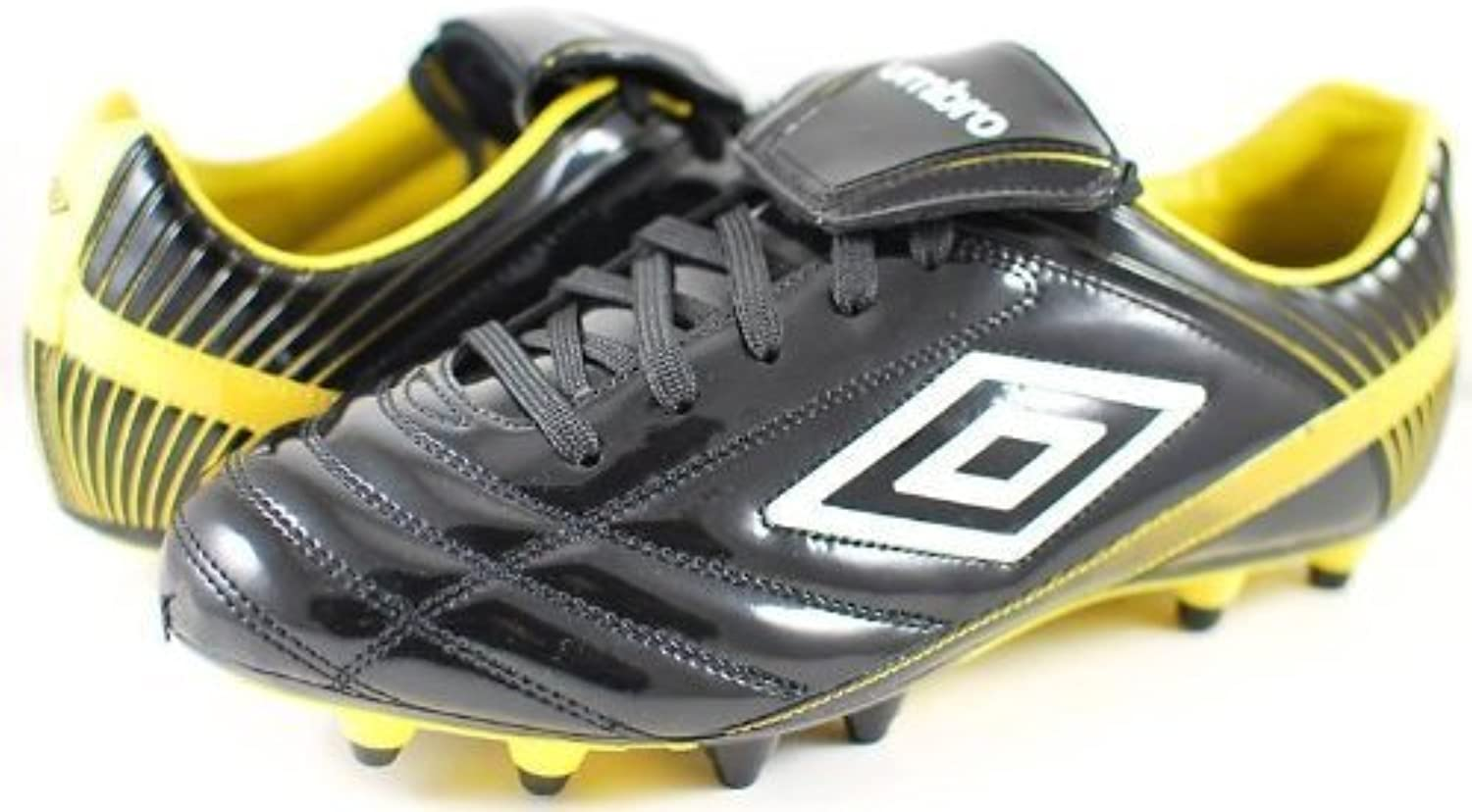 Umbro Lancing A HG Soccer Cleats