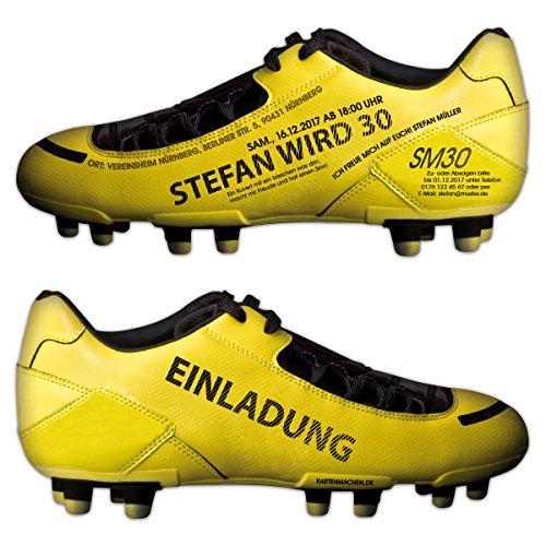 Lasergesneden uitnodigingskaarten verjaardag uitnodiging individueel voetbalschoen geel
