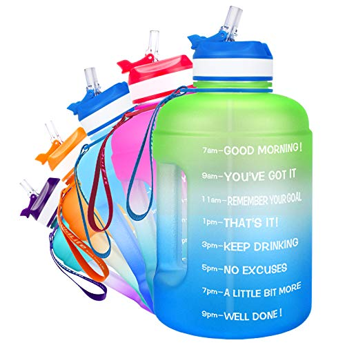 QuiFit Botella de 2,2 l con estampado: Botella grande para beber con ánimo y pajita, para fitness, gimnasio, viajes, correr, a prueba de fugas, botella de agua, sin BPA, color verde/azul, 2,2