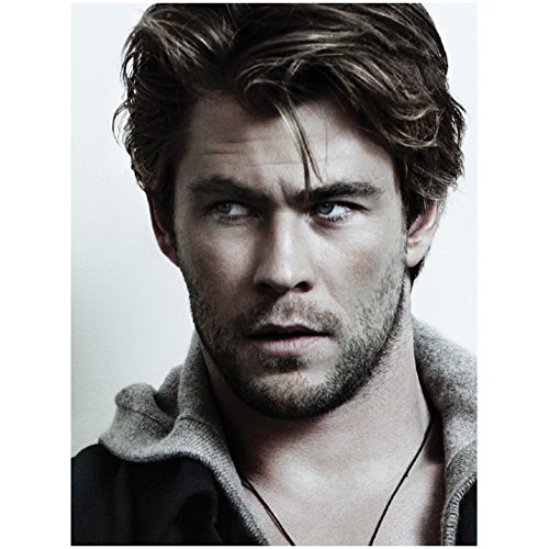 Chris Hemsworth 8x10 Photo Thor/Avengers Scruffy Headshot Perfect Messy Hair looking Right kn