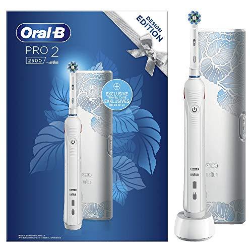 Oral-B Pro 2 2500 Design Edition Spazzolino Elettrico Ricaricabile, 2 Modalità di Spazzolamento, Custodia da Viaggio, Bianco, Idea Regalo Festa del Papà