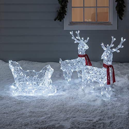 Lights4fun Reindeer & Sleigh Acrylic Christmas Figure Battery Operated Outdoor Use with Timer