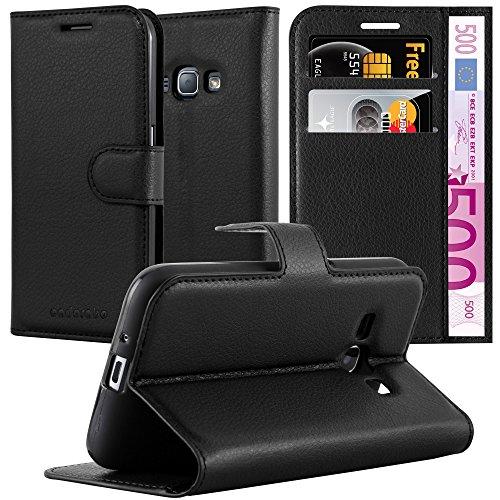 Cadorabo Hülle für Samsung Galaxy J1 2016 in Phantom SCHWARZ - Handyhülle mit Magnetverschluss, Standfunktion & Kartenfach - Hülle Cover Schutzhülle Etui Tasche Book Klapp Style