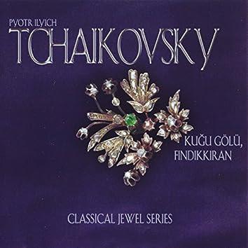 Tchaikovsky: Kuğu Gölü & Fındıkkıran