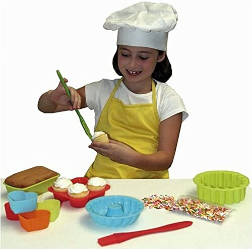 10 Piece The Little Cook Silicone Bakeware Set by Sassafras