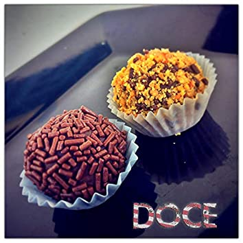 Doce (feat. Martina Florencia Centurión, Leão da America, Yamil Gelene & Federico Drago)