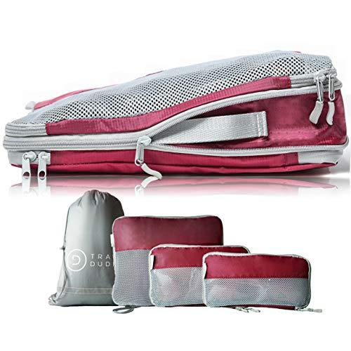 TRAVEL DUDE Packwürfel Set mit Kompression aus recycelten Plastikflaschen | Packing Cubes | Packtaschen Set für Rucksack & Koffer | Extra leichte Kleidertaschen (Weinrot, 4-teilig)