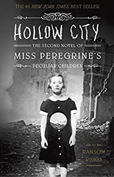 Paperback Hollow City: The Second Novel of Miss Peregrine's Peculiar Children Book