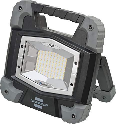 Brennenstuhl Mobiler Bluetooth Akku LED Strahler TORAN 4000 MBA / LED Baustrahler 40W für außen (LED Arbeitsleuchte Akku mit Steuerung per App, integrierter Li-Ion Akku mit Powerbank, 3800lm, IP55)