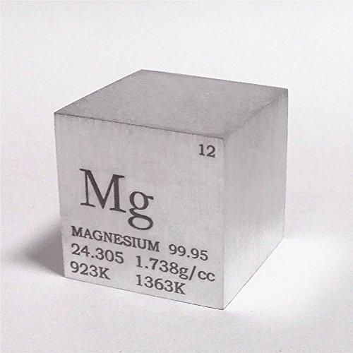 Würfel aus 99,95 % Magnesium, 2,5cm, 28g, Gravur mit Informationen aus dem Periodensystem der Elemente (englischsprachig)