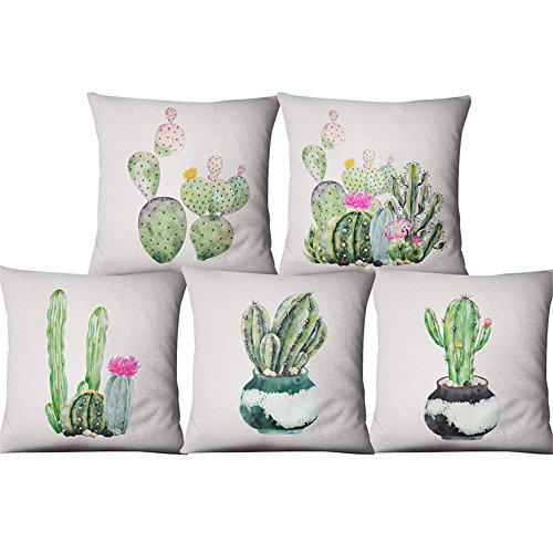Almohadas decorativas marca KINIFE