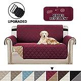 BellaHills Sofa Cover Sofa Loveat Schutzhülle Luxuriöse Reversible Gesteppte Möbelschutzfolie, an Ort und Stelle Mikrofaser weich und wasserabweisend (2 Sitzer/Love Seat: Burgund/Tan)