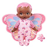 My Garden Baby Envuelve y acurruca Rosa Muñeco de Juguete con Manta Mariposa y Chupete, Regalo para niñas y niños +18 Meses (Mattel HBH40)