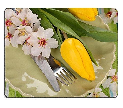 En caoutchouc naturel luxlady Gaming Souris de Pâques Couverts et serviettes de table jaune sur un motif tulipes Vert image d'identité 26238897