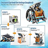 Immagine 1 ofun robot a energia solare