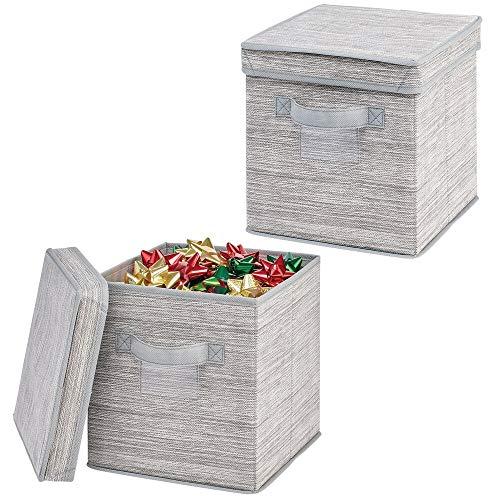 MDESIGN 2er-Set Aufbewahrungsbox mit Deckel – quadratische Box mit Strukturoptik für Baumschmuck, Schleifen etc. – gestreifter Organizer für Schlafzimmer oder Keller – hellgrau/Hellbraun