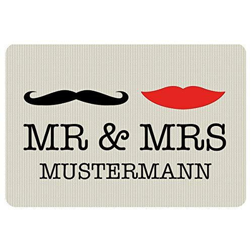Geschenke 24: Fußmatte - Mr & Mrs mit Familiename - origineller Türvorleger mit Personalisierung - Hipster Fußmatte