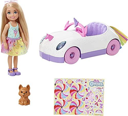 Barbie Chelsea con coche, muñeca con vehículo de juguete, mascota, pegatinas y accesorios de juguete (Mattel GXT41)