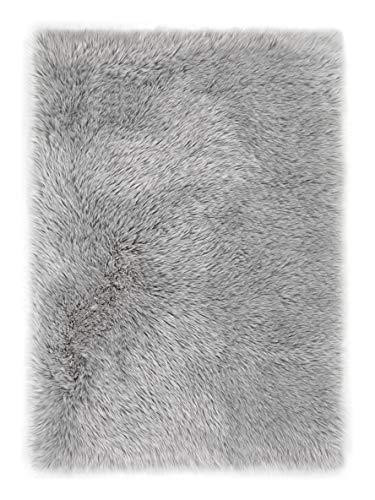 andiamo Teppich Kunstfell Ovium Schaffell Imitat für Wohnzimmer Schlafzimmer auf dem Stuhl, Silber, Acryl + Polyester, 120 x 170 cm