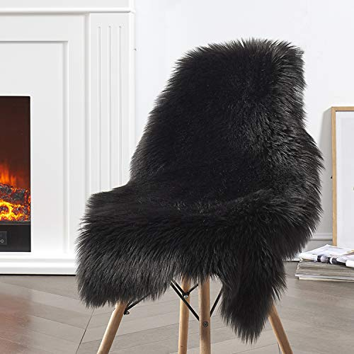 Ciicool Faux Sheepskin Rugs Soft Faux Fur Rugs Black Fluffy Rugs Chair Couch Cover Fuzzy Rugs for Bedroom Floor Sofa Living Room 2x3 Feet