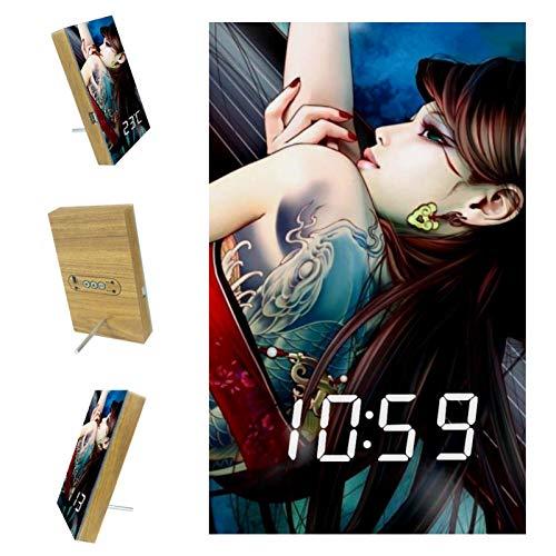 Indimization Reloj Despertador Digital Chica Clasica LED Pantalla Reloj Alarma Inteligente Puerto de Carga USB Función Snooze Alarma 6.2x3.8x0.9 in