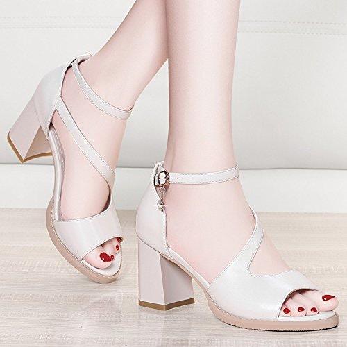 Jqdyl Talons hauts épais avec des sandales nouvel été simples étudiants à talons hauts sauvages avec des chaussures de femmes mot boucle sandales