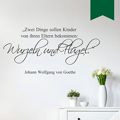 WANDKINGS Wandtattoo - Zwei Dinge sollen Kinder von ihren Eltern bekommen: Wurzeln und Flügel (Johann Wolfgang von Goethe) - 125 x 60 cm - Dunkelgrün - Wähle aus 5 Größen & 35 Farben