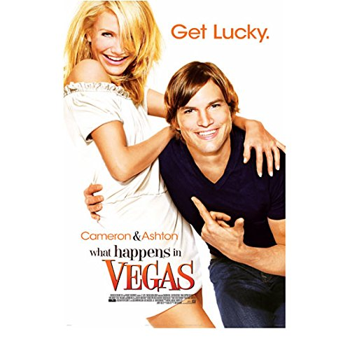 What Happens in Vegas 8 inch x 10 inch PHOTOGRAPH Ashton Kutcher & Cameron Diaz Arms Around Each Other Very Happy Movie Poster kn